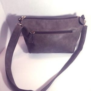 IM Leather Shoulder Bag